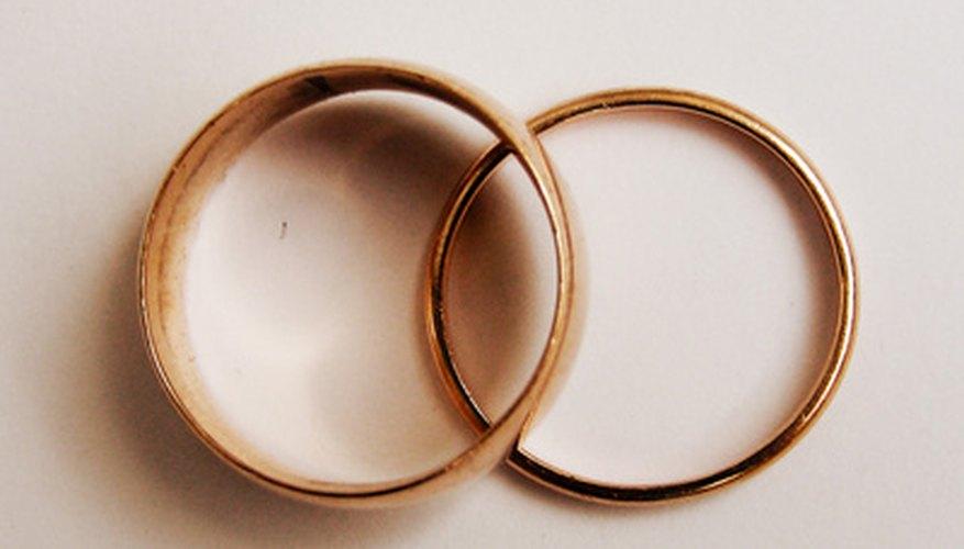 La cera azul no es buena para los anillos.