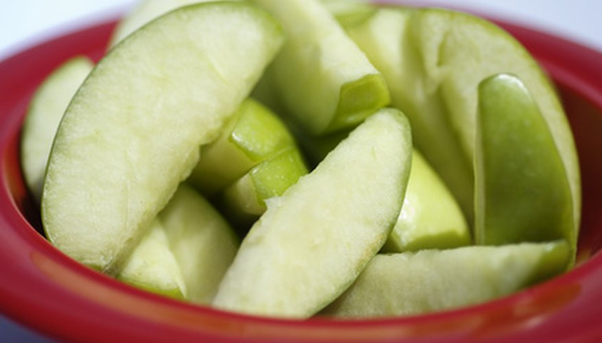 Keeping apple slices white and crisp improves appearance and retains vitamins.