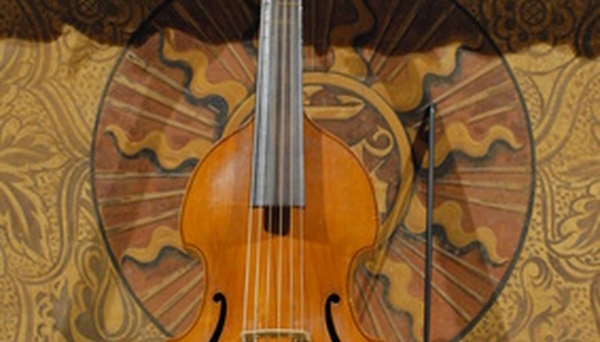 The viola da gamba is not played in modern orchestras.