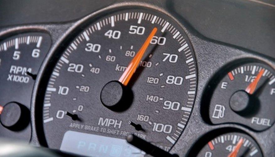 El Kia Sorento tiene un tanque de combustible de 18 galones (68,14 l).
