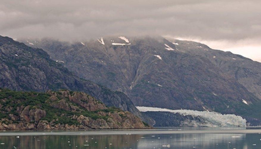 Vuela con Alaska Airlines al parque nacional Glacier Bay.