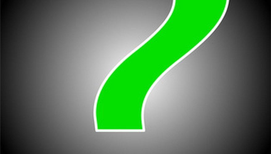 La marca del Acertijo es un gran signo de interrogación. Esta es la parte integral del traje del Acertijo.
