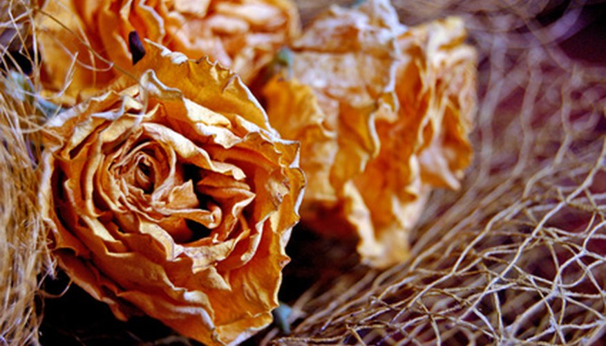 Either silk or dried flowers can be used in a floral swag.