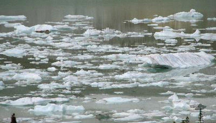 Los Sims pueden viajar a los tres lagos estilo rocosos canadienses.