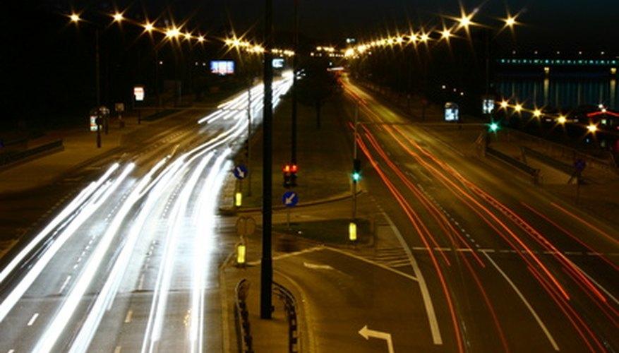 Dale un brillo a tu automóvil con un kit de LED.