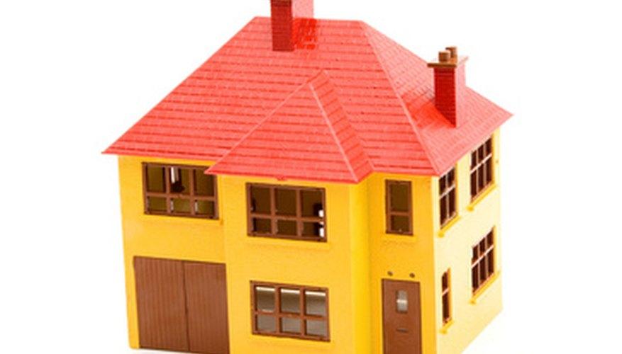Las maquetas de edificios sencillas como esta pueden ser hechas a escala 1/72 con algunos cálculos y hojas de plástico.