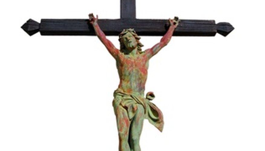 Hacer una cruz de madera a mano.