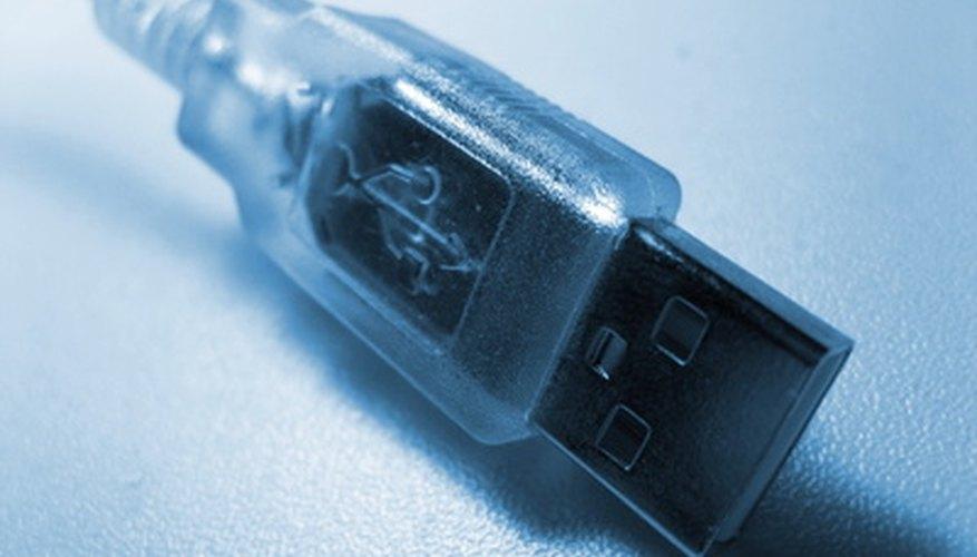 Jugar a juegos de Playstation 2 a través de un dispositivo USB puede evitar el desgaste de la consola de juegos.