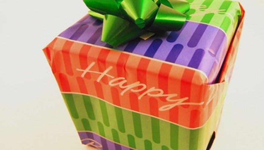 Comprar regalos de cumpleaños para veinteañeros temprano puede ser divertido.