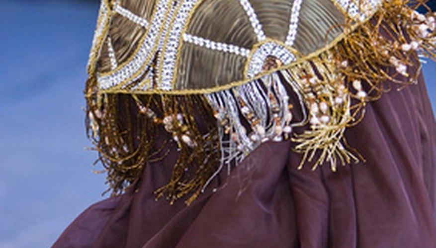 La samba es un baile solitario que se baila en Brasil con bailarines disfrazados.