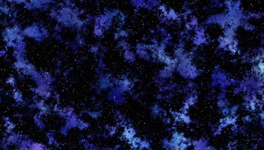 Los científicos estiman que la Vía Láctea tiene 90.000 años luz de diámetro y 2.000 años luz de espesor en nuestra vecindad.