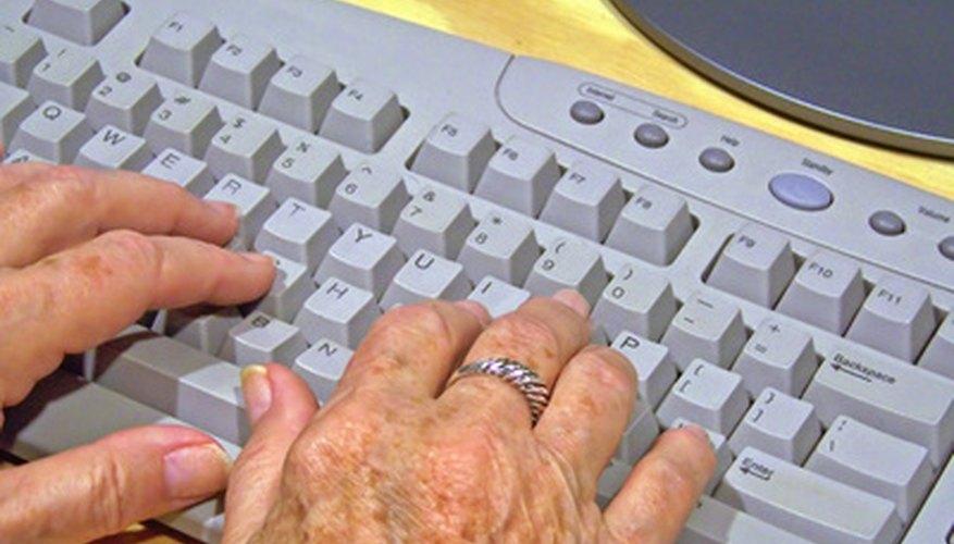 Al escribir en un teclado, coloca los dedos en la fila intermedia de las teclas.