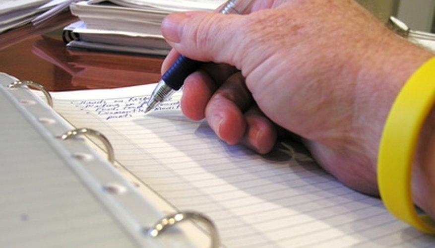 Una reseña de un trabajo de investigación requiere escribir pensamientos y opiniones.