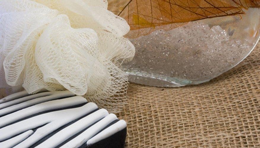 Los estropajos de malla de nylon son ideales para el baño o la cocina.