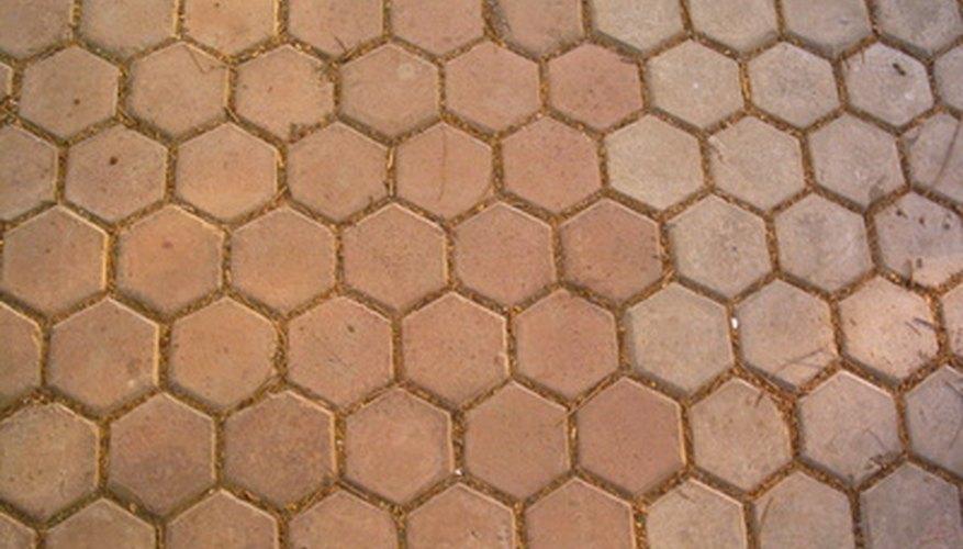 Los azulejos aportan color y textura a tu espacio al aire libre.