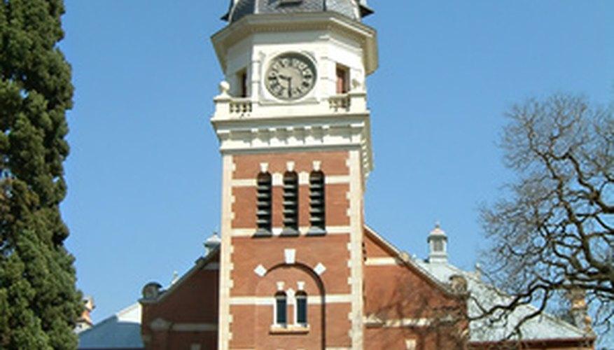 Una iglesia grande puede tener una estructura organizacional compleja.