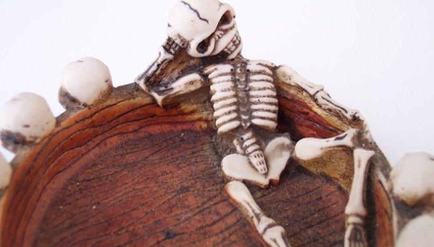 Los esqueletos son fáciles y divertidos de hacer.