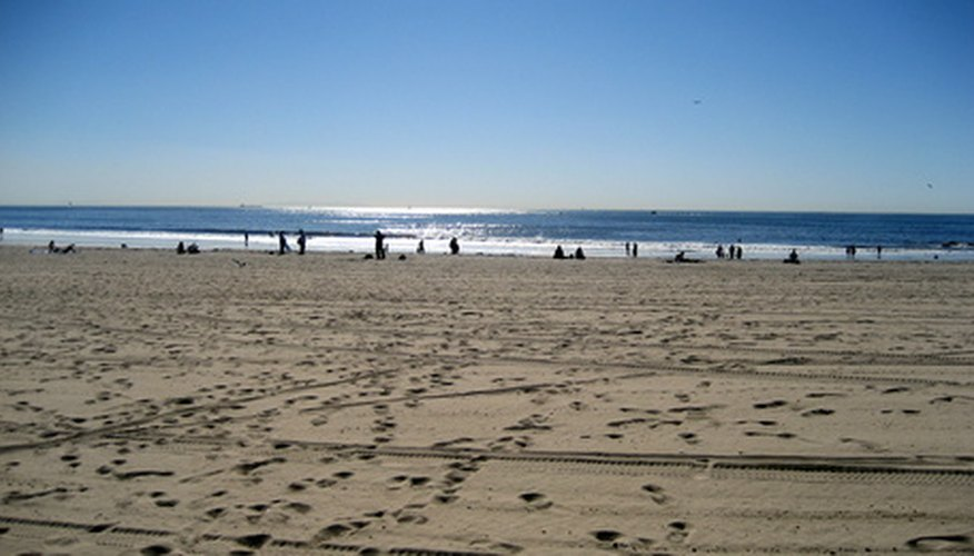 Los Angeles has numerous beaches for those interested in a romantic stroll.