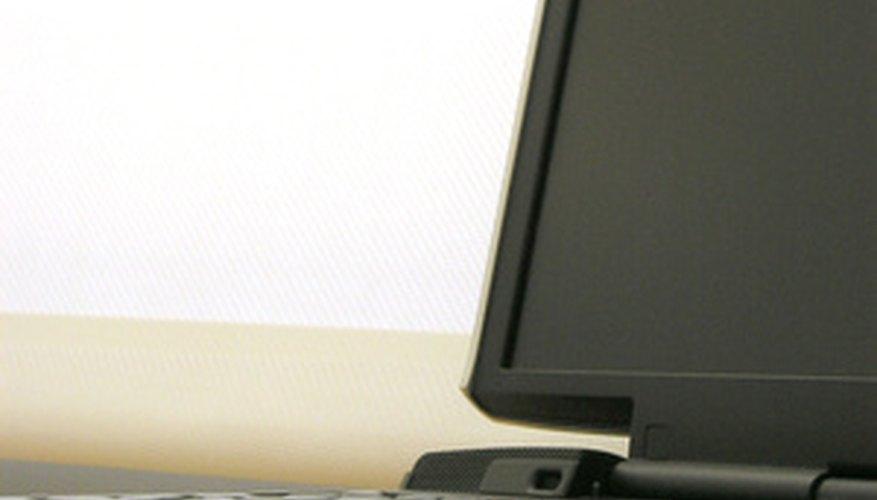 Muchos estudiantes prefieren escribir sus notas con el teclado de una computadora que hacerlo a mano.