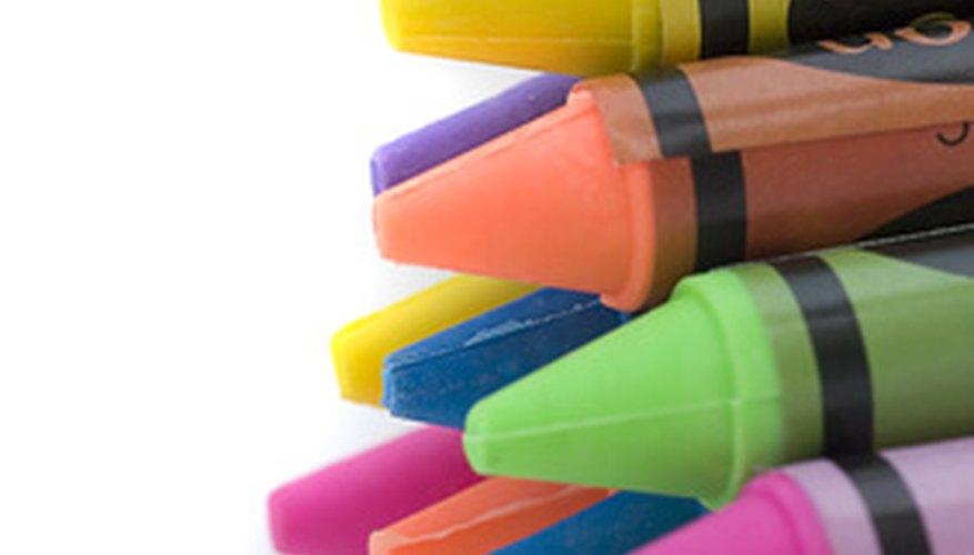 Enseña a los preescolares sobre los colores con actividades y juegos divertidos.