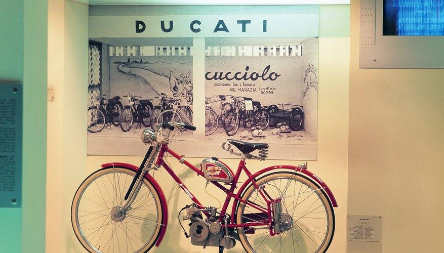 Las bicicletas híbridas ofrecen versatilidad para uso en la ciudad o en caminos rústicos.