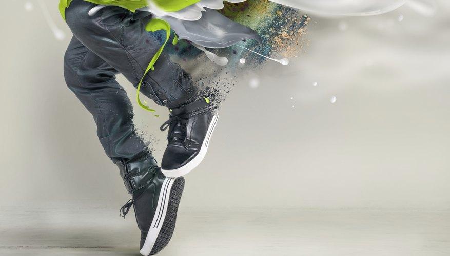 Bailarín de hip hop en el aire.