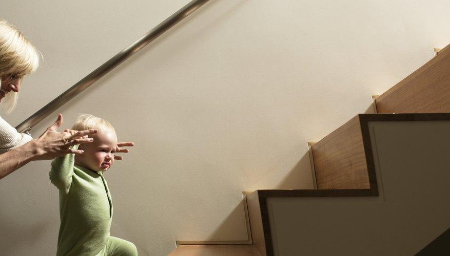 Las escaleras residenciales deben tener un ángulo de 30 grados.