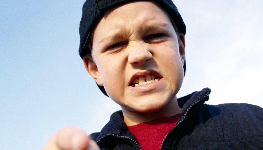 La autodisciplina ayuda a los adolescentes a permanecer bajo control y a pensar antes de hablar.