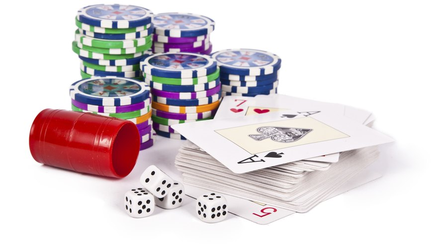 Poker and dice odds can be represented as percentages or odds ratios.