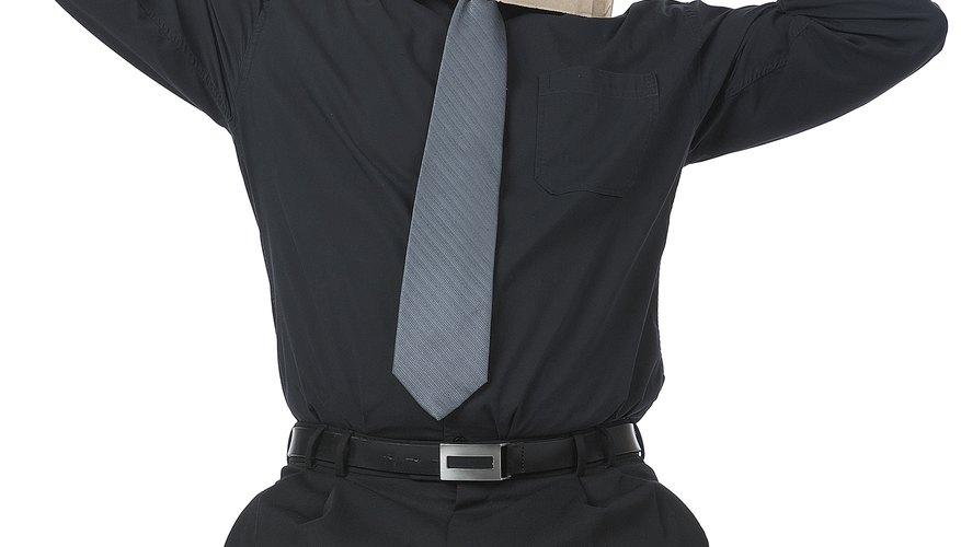 Una broma puede ser un buen método para romper el hielo en una reunión de oficina informal.