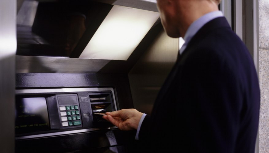 Descubre cómo funciona un cajero automático.