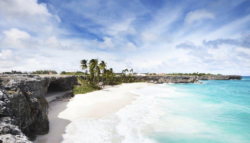 Paisaje de Bottom Bay, Barbados.