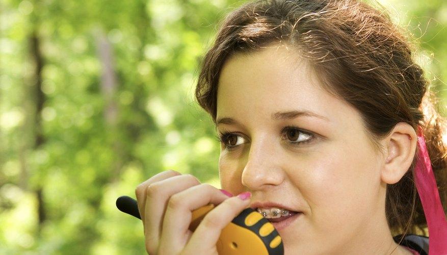 Los radios de dos vías que permiten comunicarte con otros usuarios en un área limitada.