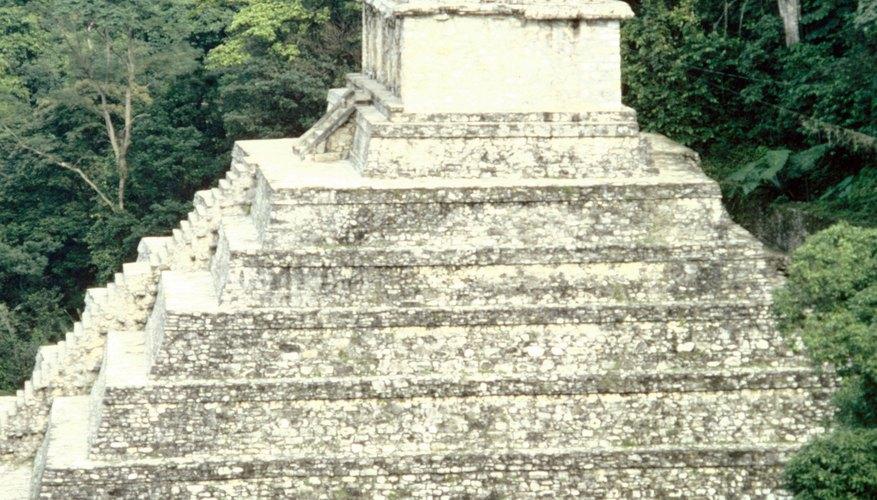 Las pirámides aztecas fueron diferentes a las egipcias.