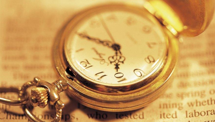Los antiguos relojes solares griegos son la plantilla para la carátula del reloj moderno.