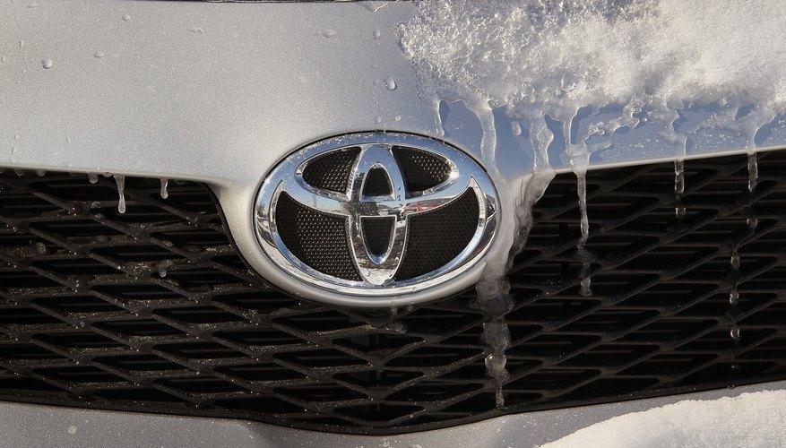 Cómo restablecer la alarma de un Toyota Corolla 2006.