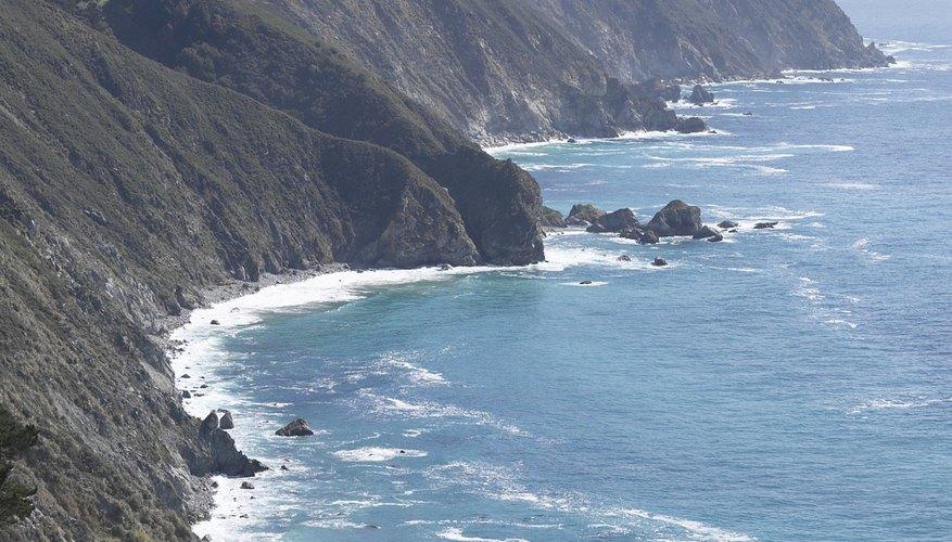 Las áreas alrededor del borde del océano Pacífico son conocidas como el