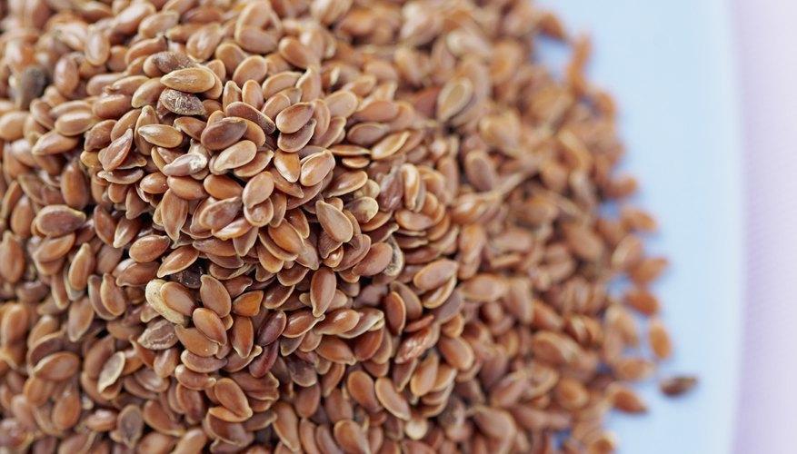 Las semillas de lino son un buen relleno orgánico para las compresas calientes debido a que se amoldan al cuerpo.