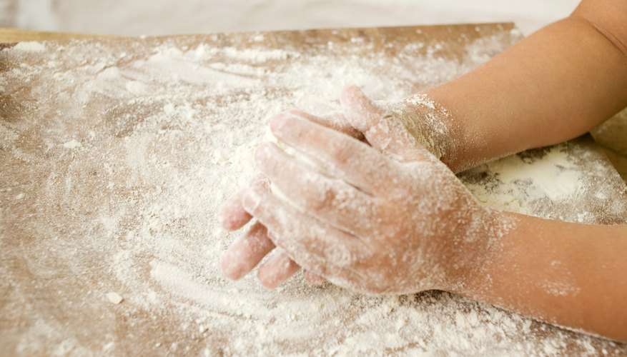 This special dough for toddlers is squishy, fluffy and endlessly entertaining.