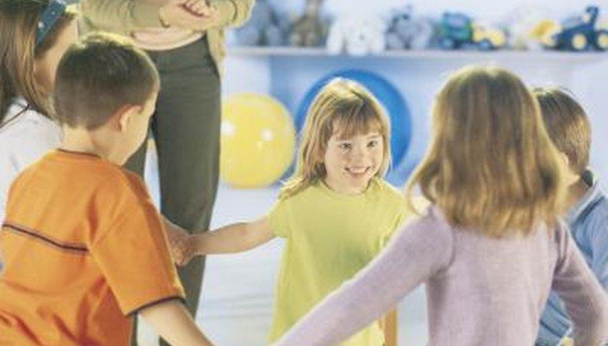 Promueve un ambiente agradable entre los estudiantes a través de actividades de grupo que fomenten el respeto por los demás.