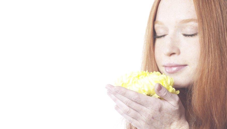 La fragancia debe poder ser percibida por los receptores olfatorios de la nariz.