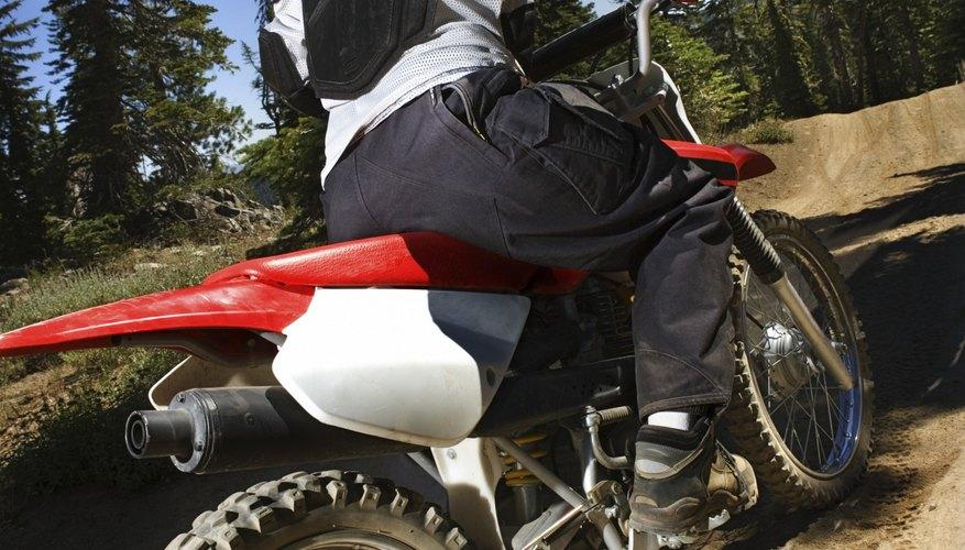 Las buenas pistas de motocross se adecuan a la configuración del terreno.