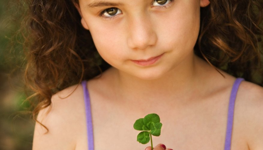Little kids can learn and have fun when they participate in special St. Patrick's Day activities.