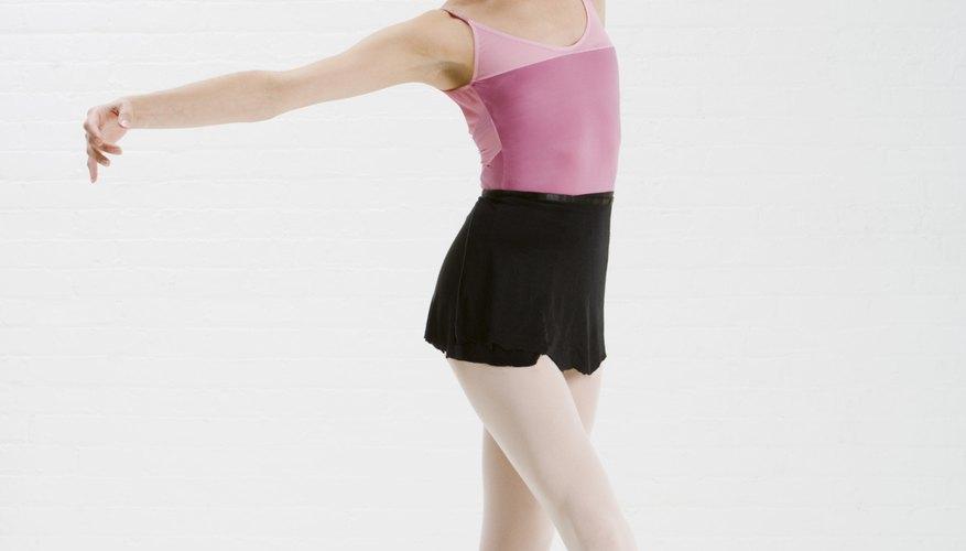 Salary of a new york ballet principal dancer bizfluent for Ballerine disegnate