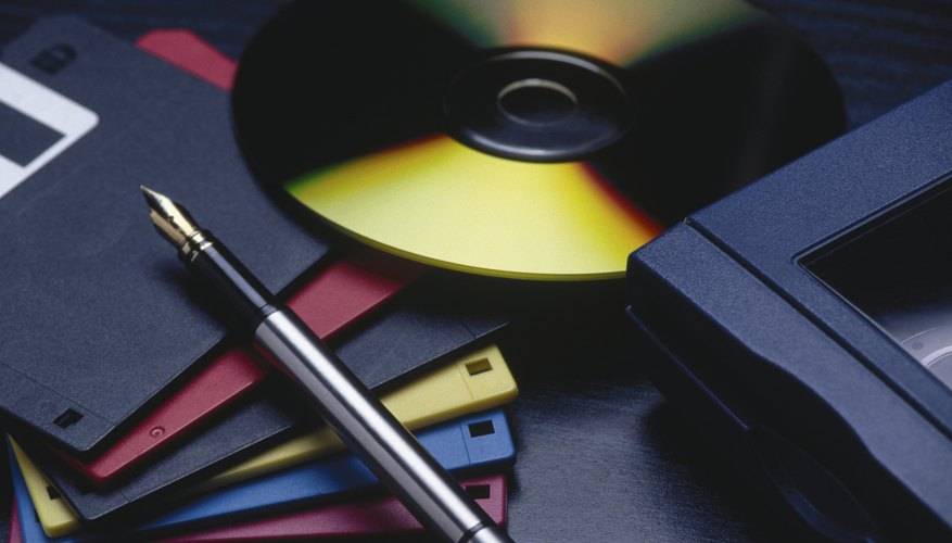 La tarea de comprimir archivos es también conocida como zipeado.