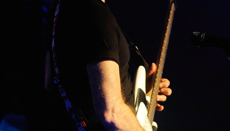Joe Satriani using the Floyd Rose tremolo system.