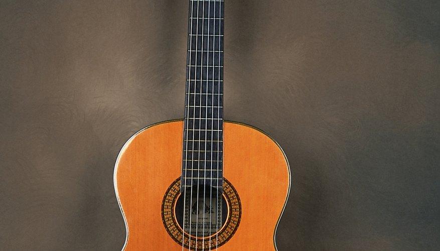 La guitarra clásica española obtiene su diseño de Antonio Torres Jurado.