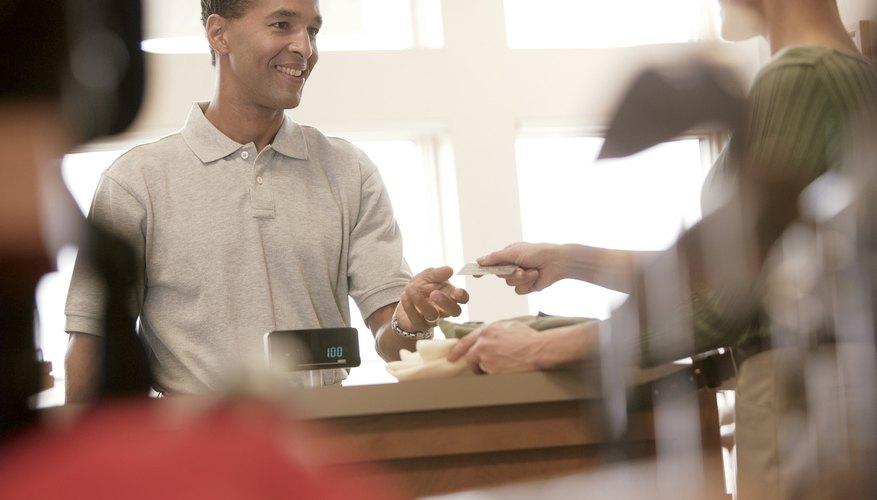 El promedio de cálculos de ventas diarias se utiliza como base para la fijación de metas y objetivos.