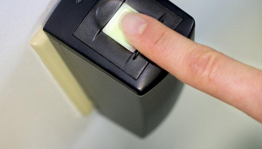 Ya que las huellas dactilares son únicas y fáciles de recolectar, se usan cada vez más en el sector de los negocios.