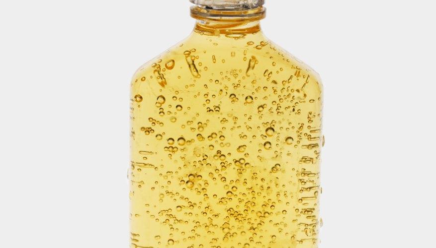 Las microemulsiones de silicona transparente se usan en productos como el champú.